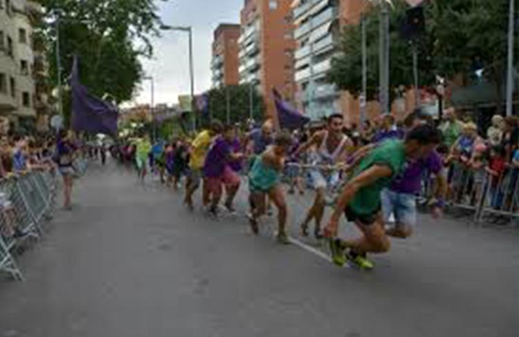 Estirada del camió  @ Av. Llibertat   | Mollet del Vallès | Catalunya | Espanya