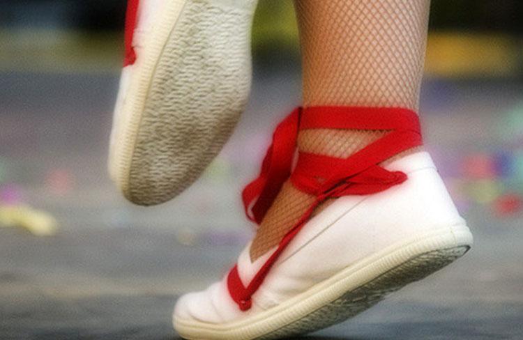 Ballada de sardanes amb la Cobla Ciutat de Terrassa @ Plaça Catalunya